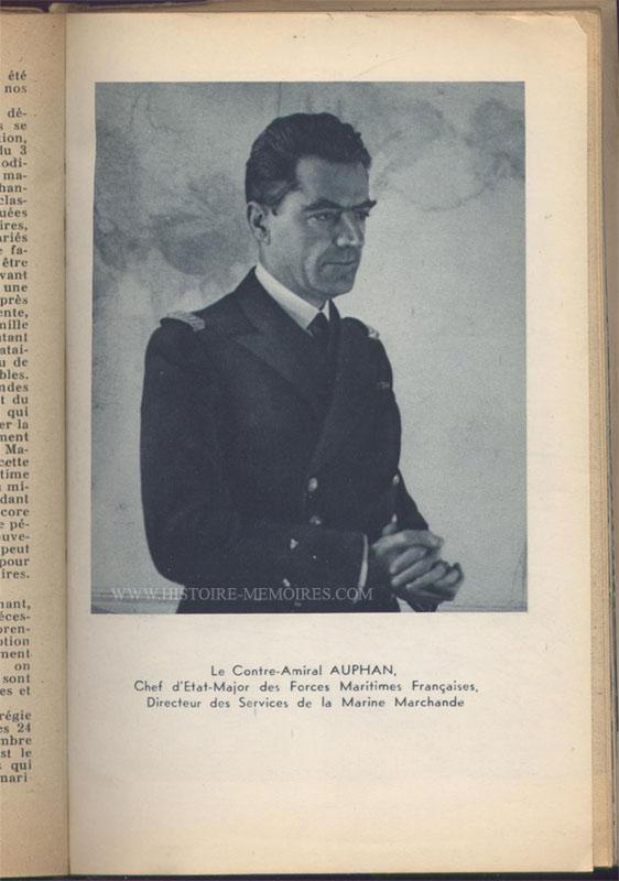 illustration photo pleine page du contre-amiral Auphan, livre en tbe,60 € en vente sur www.histoire-memoires.com/almanach-du-marin-1942.htm