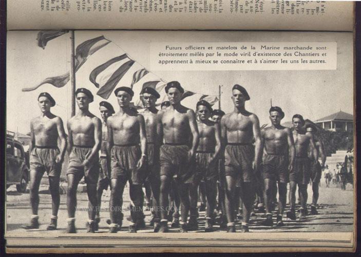 illustration photo pleine page de futurs officiers de la marine marchande, livre en tbe,60 € en vente sur www.histoire-memoires.com/almanach-du-marin-1942.htm