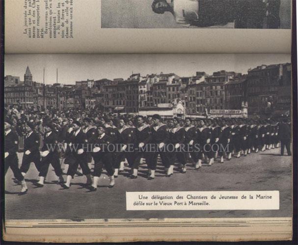 illustration photo pleine page : défilé à Marseille, livre en tbe,60 € en vente sur www.histoire-memoires.com/almanach-du-marin-1943.htm